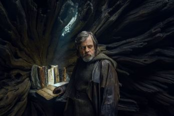Luke in the Ahch-To Library, The Last Jedi